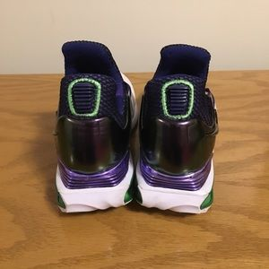 Nike Shoes - Women's Athletic shoes